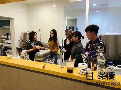新开奶茶店铺怎么吸引顾客